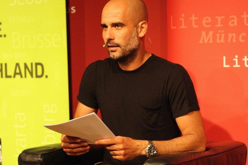 Pep Guardiola bringt Poesie auf die Bühne: ein Abend für Miquel Martí i Pol im Literaturhaus München. Foto: Jan-Eike Hornauer