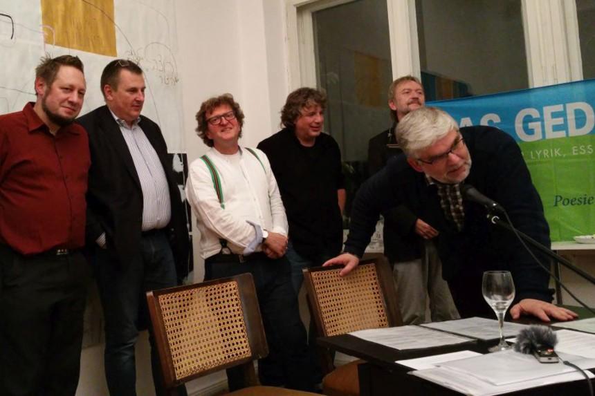 Abschlussfoto mit Maik Lippert, Ulrich Beck, Anton G. Leitner, Hellmuth Opitz, Salli Sallmann und Georg Maria Roers. Foto: DAS GEDICHT
