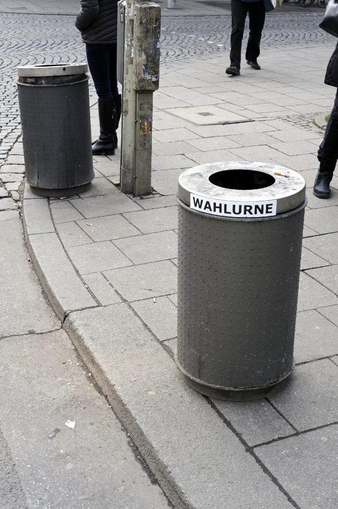 Poesie im öffentlichen Raum, Folge 63. Foto: Volker Derlath