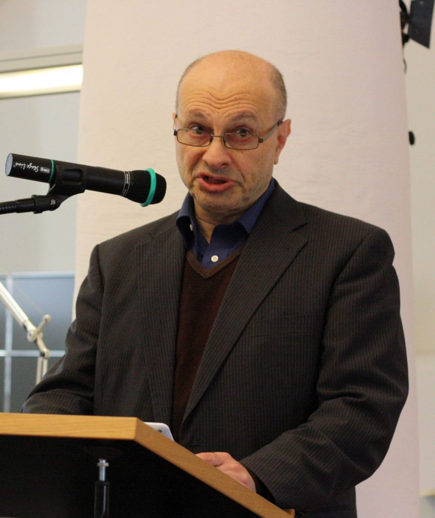 Bilingualer Poet: Anatoly Kudryavitsky. Foto: Jan-Eike Hornauer
