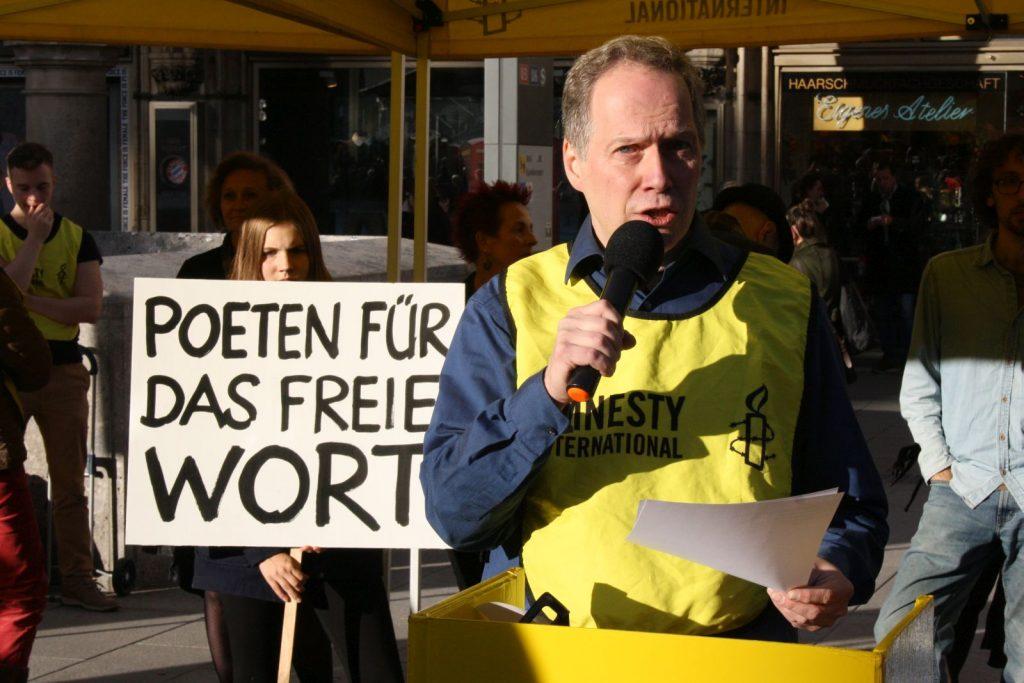 Ludwig Steinherr, Mitbegründer von DAS GEDICHT und seit langem aktives Mitglied von Amnesty International. Foto: Jan-Eike Hornauer