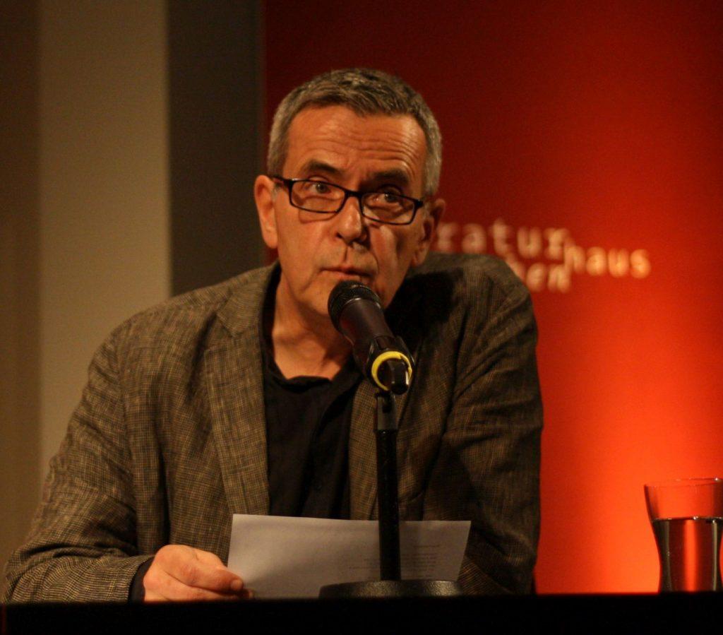 Laudator und vortragender Poet: Christoph Leisten. Foto: Jan-Eike Hornauer