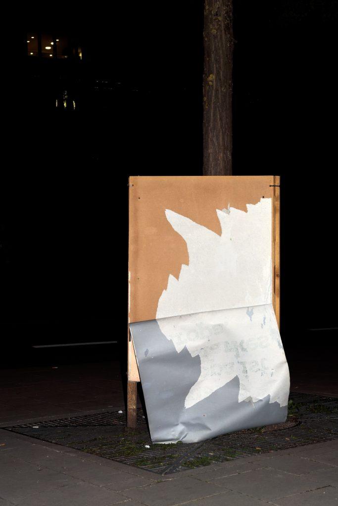 Poesie im öffentlichen Raum, Foto: Volker Derlath