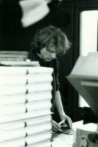 Ralf Liebe in seiner Werkstatt