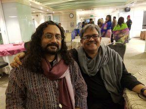 Der Maler Maksudul Ahsan und der Herausgeber Aminur Rahman