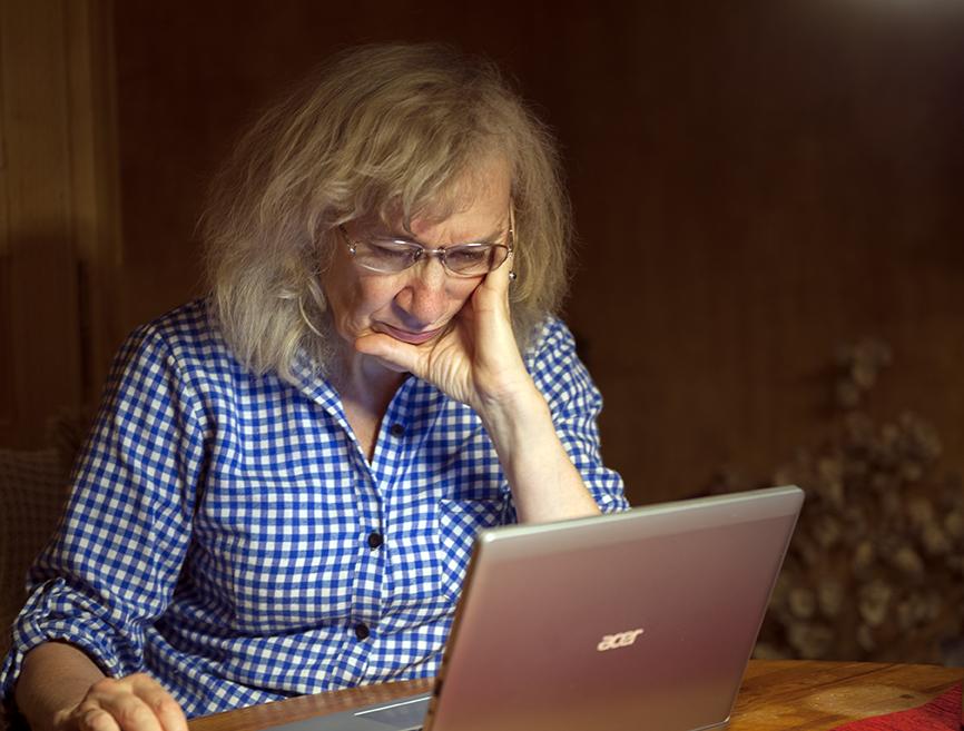 Angelika Zöllner bei der Arbeit